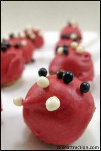 Cake pops de ganache rojo