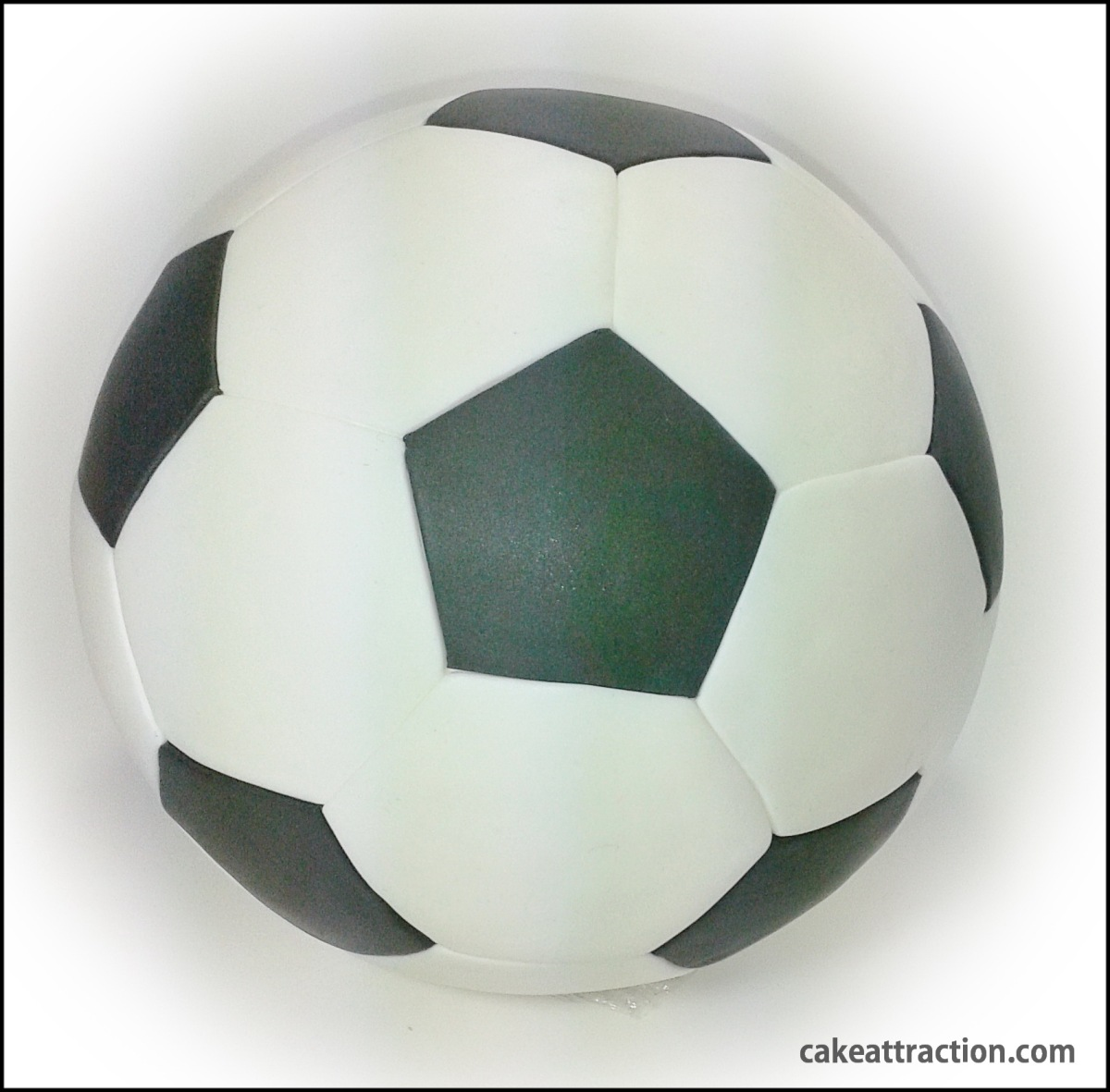 Cómo hacer una pelota de fútbol de fondant