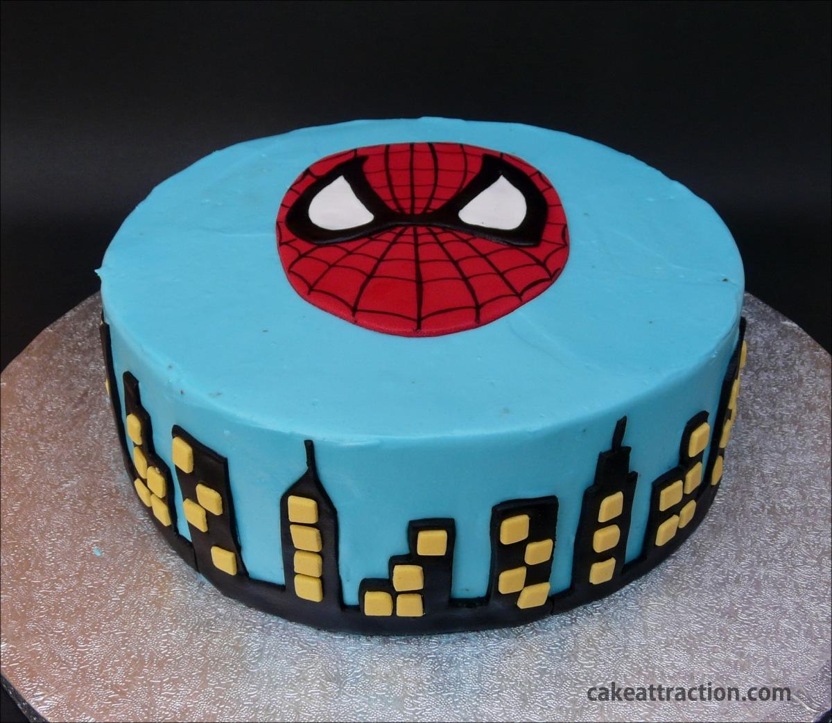 Tarta Spiderman (Con cobertura de Crema de Queso)