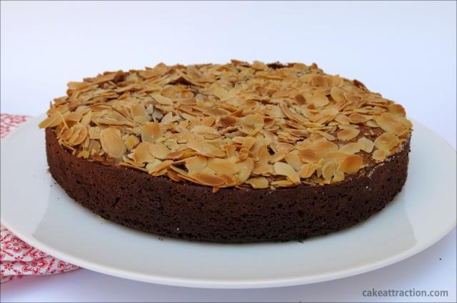 Bizcocho Chocolate y Almendras 4